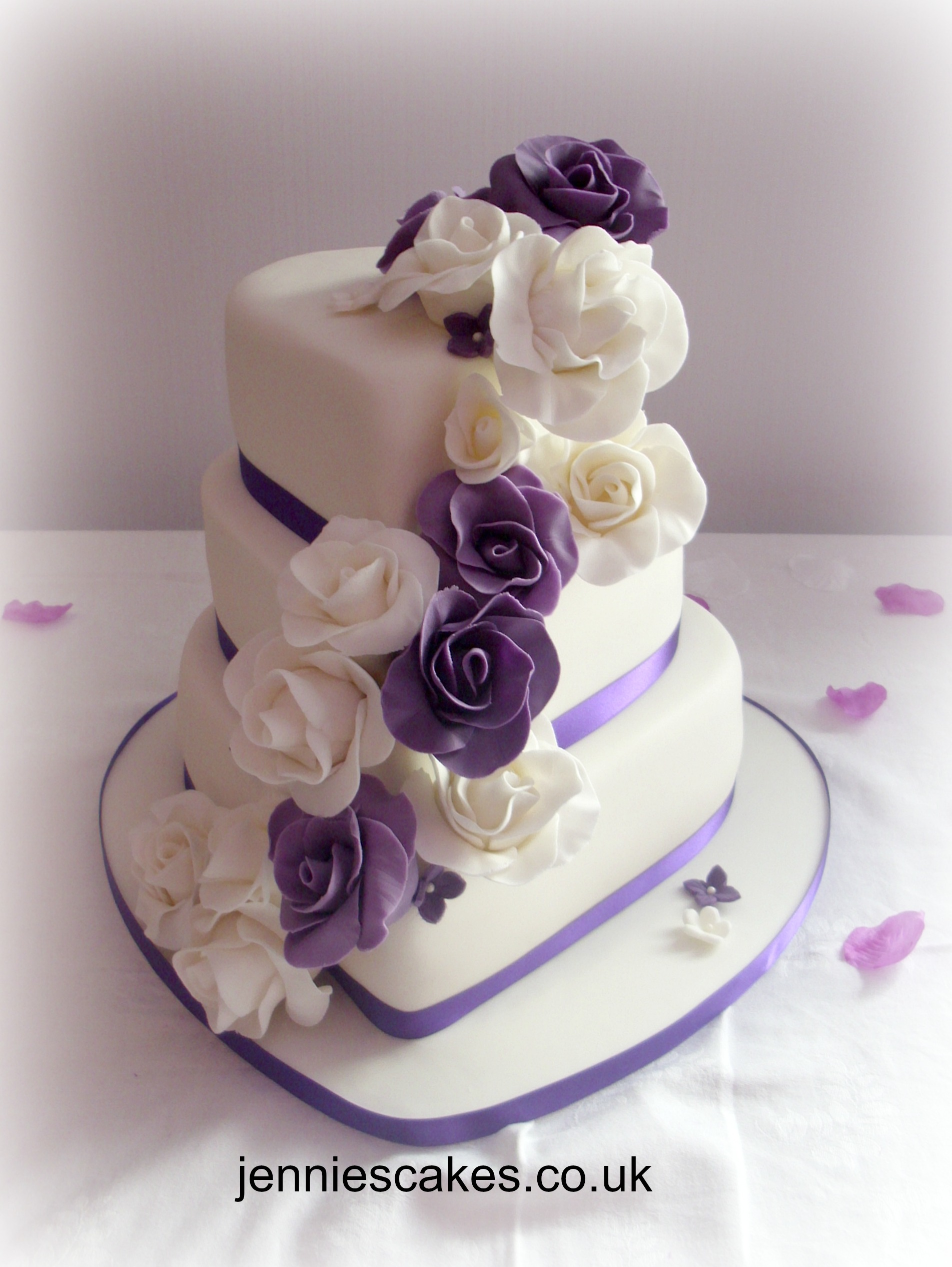 wedding cake to feed 150 whether you are looking for a bespoke wedding cake or 26286